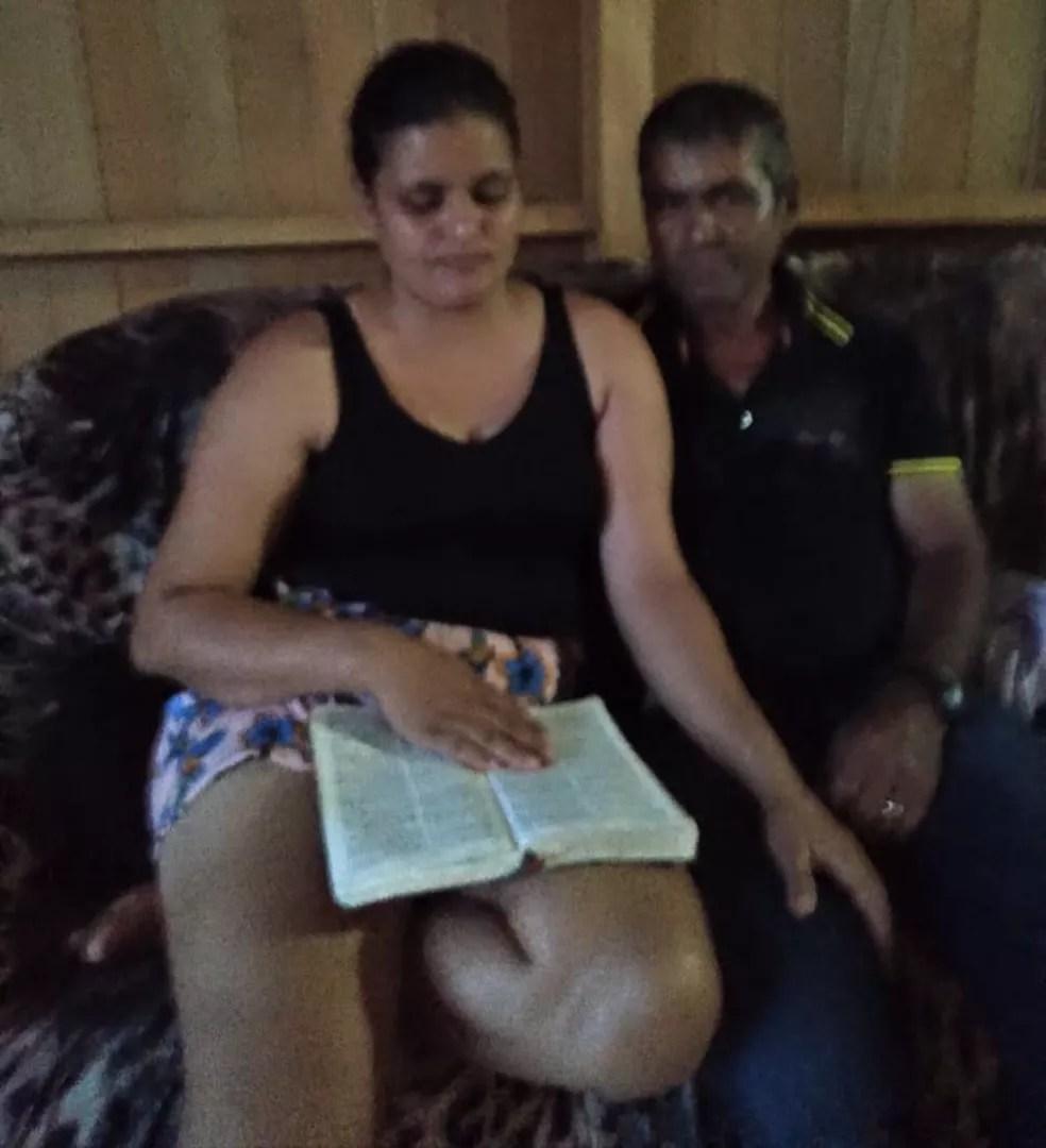 Família se mudou para a zona urbana de Sena Madureira para Alfredo Silva aprender a ler e continuar o tratamento contra hepatite — Foto: Arquivo pessoal