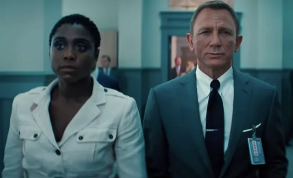 Lashana Lynch and Daniel Craig in the 007 trailer scene - No Time to Die (Photo: Reproduction)