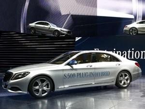 Mercedes-Benz S500 Hybrid (Foto: Ralph Orlowski/AP)