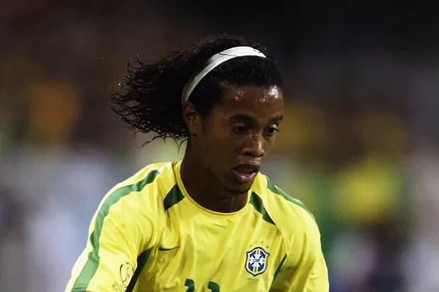 Estilo nas Copas 2002  cortes de cabelo deram o que