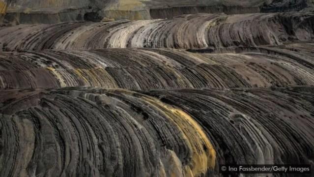 Mina de linhito (tipo de carvão) a céu aberto de Garzweiler em Juechen, na Alemanha. — Foto: Getty Images via BBC