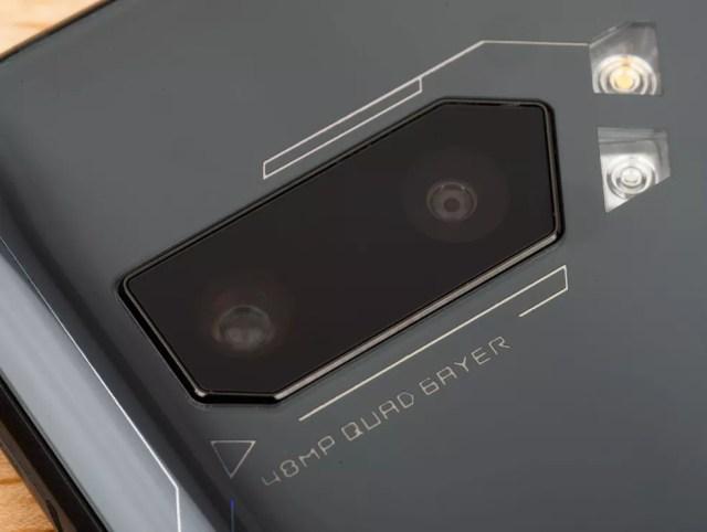 Detalhes da câmera dupla do ROG Phone 2 — Foto: Divulgação/Asus