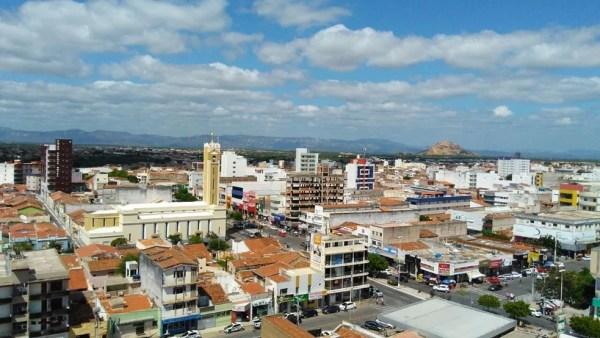 Cidade de Patos, no Sertão da Paraíba, registrou temperatura mínima de 19,9ºC (Foto: Rafaela Gomes / TV Paraíba)