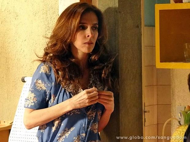 Irene fica assustada com Sueli Pedrosa (Foto: Sangue Bom / TV Globo)