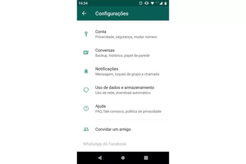 WhatsApp começa a mostrar nome do Facebook no menu de configurações — Foto: Reprodução/TechTudo