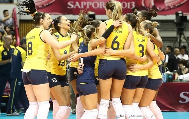 Seleção brasileira feminina 3 x 0 EUA, Grand Prix vôlei (Foto: Divulgação / FIVB)