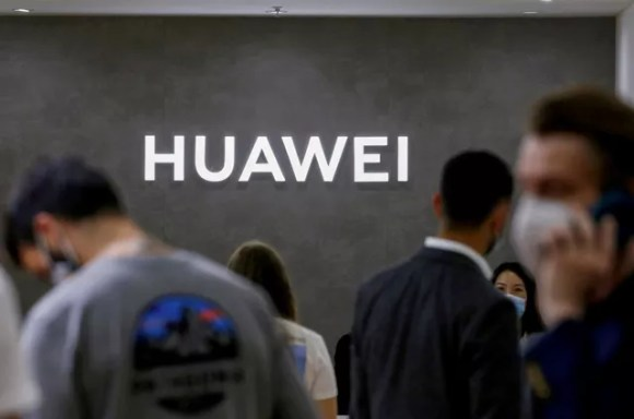Huawei dá sua maior cartada para se descolar dos EUA   Marcelo Ninio - O Globo