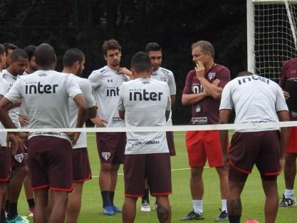 Diego Aguirre teve jogos mata-mata em sequência no São Paulo (Foto: Marcelo Hazan)