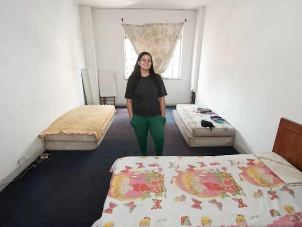 Alessandra garantiu uma suite maior para poder abrigar os sete filhos  (Foto: Flavio Moraes/G1)