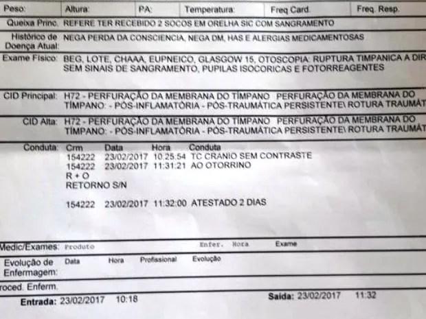 Exame realizado em hospital de Santos apontou ruptura de tímpano (Foto: G1)