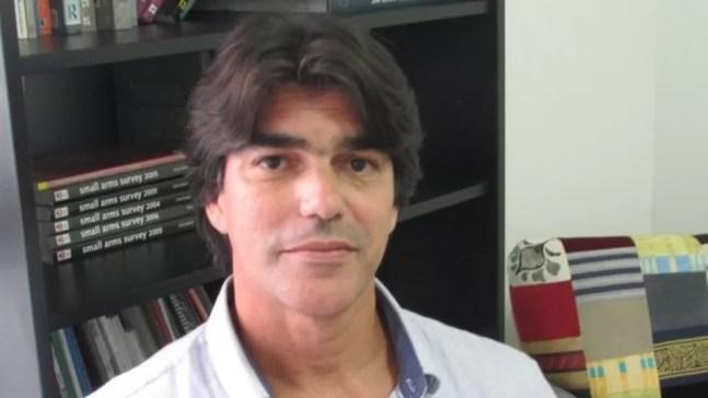 O antropólogo Robson Rodrigues, hoje na reserva da PM, critica o legado da ditadura militar na atuação das polícia no Rio — Foto: Arquivo pessoal
