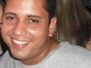 policial Leandro do Nascimento Carvalho foi morto em baile funk em São Vicente (Foto: Reprodução / Facebook)