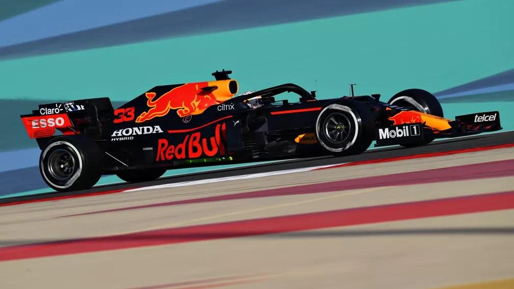 Com boa confiabilidade, RBR teve o carro mais estável dos três dias de testes no Barein — Foto: Clive Mason/F1 via Getty Images
