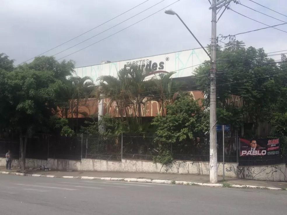 Prédio na Avenida Guarulhos foi comprado por R$ 14 milhões para ser sede da Câmara dos Vereadores (Foto: Aldieres Batista/Arquivo Pessoal)