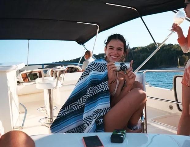 Bruna Marquezine abre álbum de aniversário (Foto: Reprodução/Instagram)