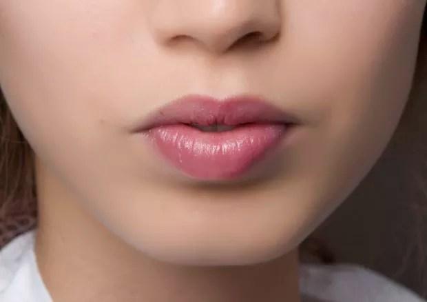 Inspirações de bocas com batom nude. Beleza para desfile de Dior. (Foto: Matteo Scarpellini/imaxTree)