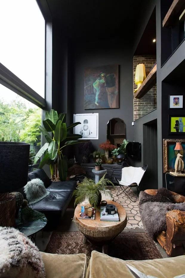 Como decorar a sala de estar com plantas  Casa Vogue