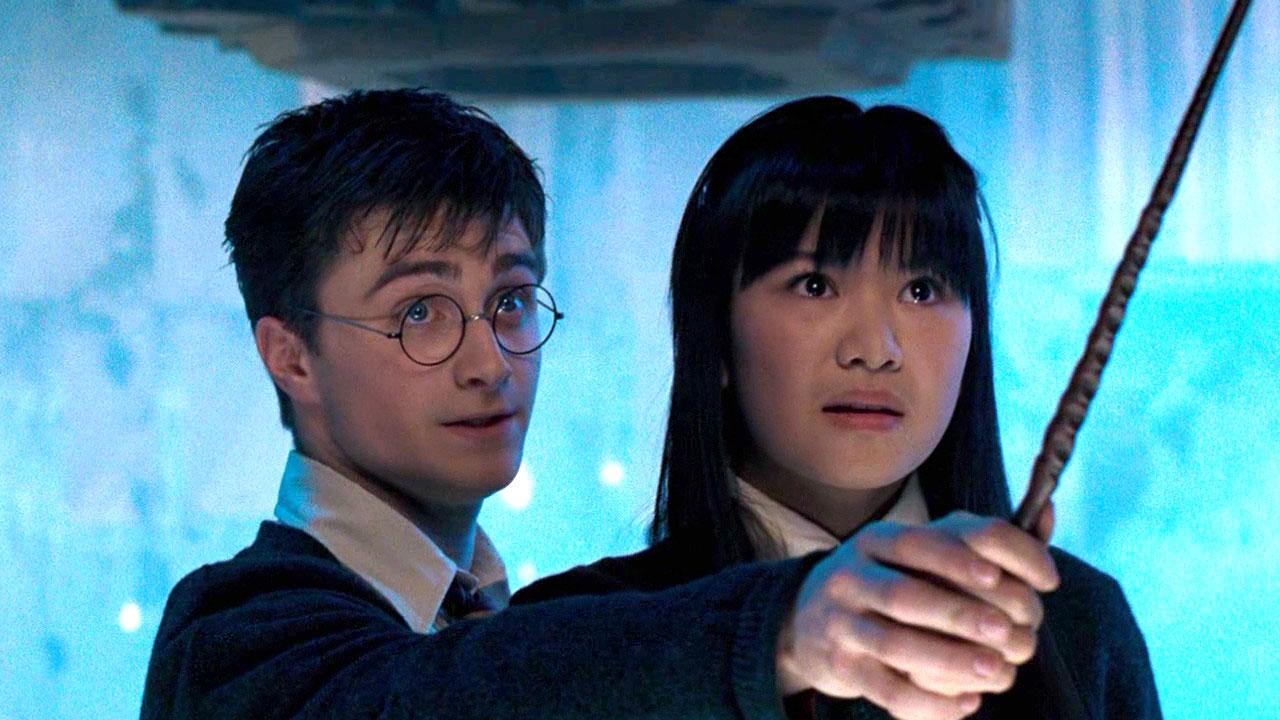 《哈利波特》張秋變好多!演初戀女友「和哈利浪漫一吻」被批評 15年後「變身短髮酷妹」帥到翻 - LOOKER 新鮮事
