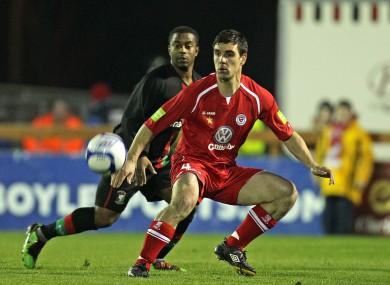Sligo Rovers' Gavin Peers with Leon Knight of Glentoran on Monday.