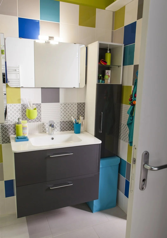 Une petite salle de bains de 37m bien agence et  petit budget  Leroy Merlin