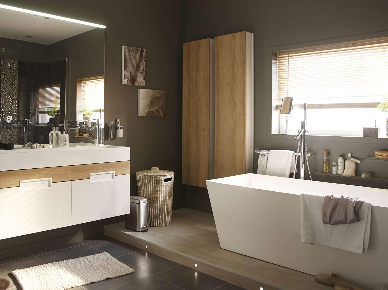 Une salle de bains gain de place dans 3m  Leroy Merlin
