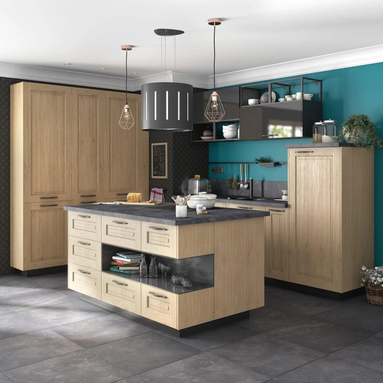 Une cuisine avec un ilot central au style campagne  Leroy Merlin
