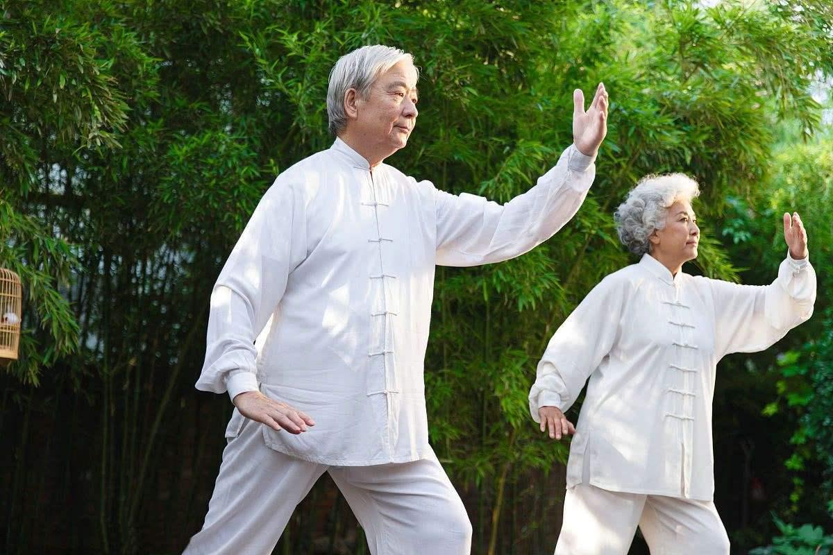 無論男女!50歲後若具備4個特徵 「恭喜你」健康又長壽 - 人生向前走