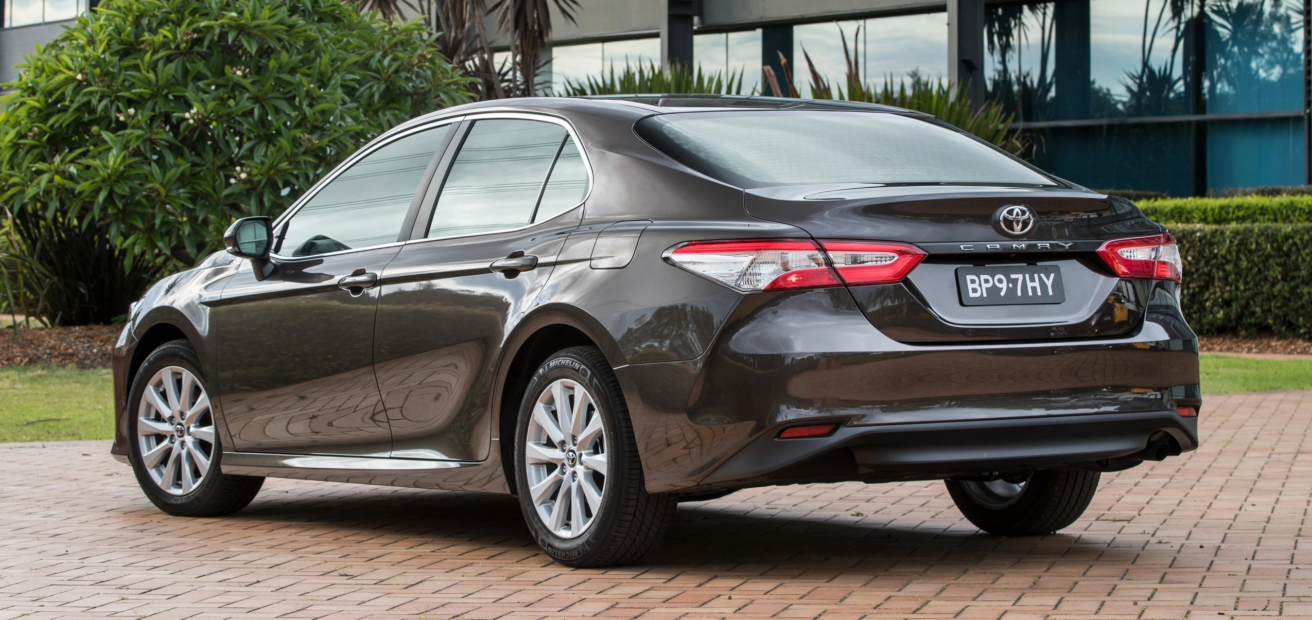 all new camry 2018 australia pelek grand veloz toyota debuts in from rm86k paul tan image 741163