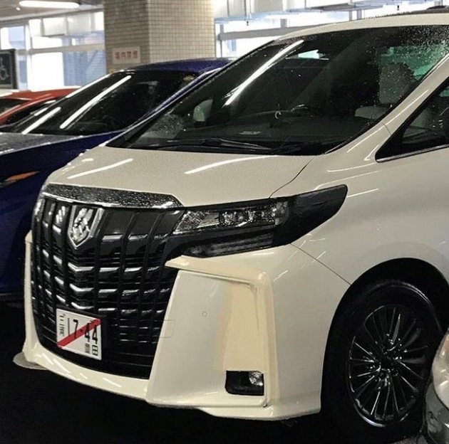 all new vellfire 2020 lebar grand avanza toyota alphard facelift spotted with front fascia