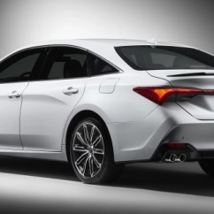 All New Camry 2019 Harga Otodriver Grand Veloz Toyota Avalon Aggressive Large Sedan Debuts Achieved Using Stamping Methods The Rear Cabin Has Been Pushed Back And Quarter Windows Made Longer Making For A Faster C Pillar Rake