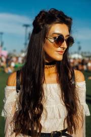 coachella hair trends - space buns
