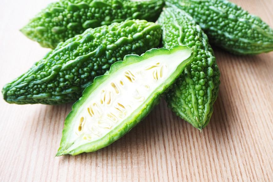 苦瓜被封「天然胰島素」控血糖超強!營養師加碼曝「維生素C是檸檬2倍」:白的綠的效果差很多 - 讀讀