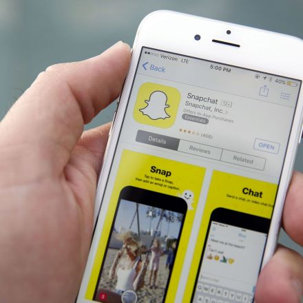 Snapchat Seeks to Raise as Much as $4 Billion in IPO