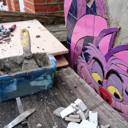 West London house is covered from head to foot in mosaic by artists from around the world.