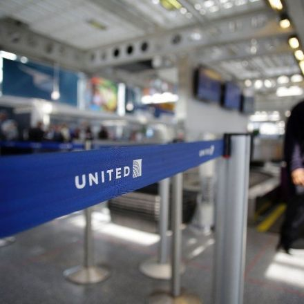 United Airlines' policy changes include paying bumped passengers up to $10,000