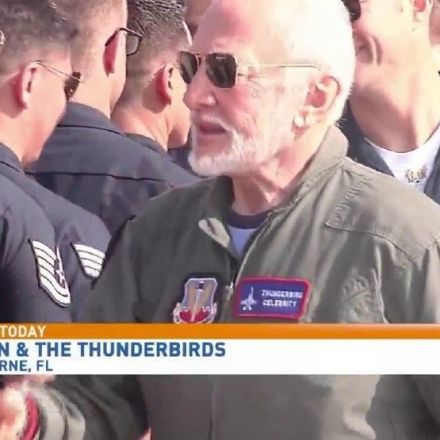 Buzz Aldrin flies with the Thunderbirds, becoming oldest to fly with demonstration team
