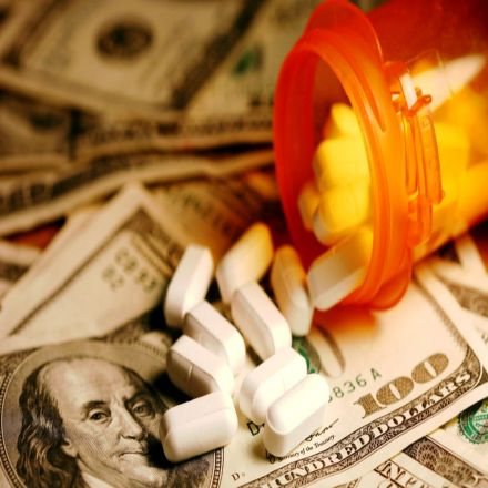 Nobel Laureate Takes on Purdue Pharma and OxyContin as a Corporate Fraud
