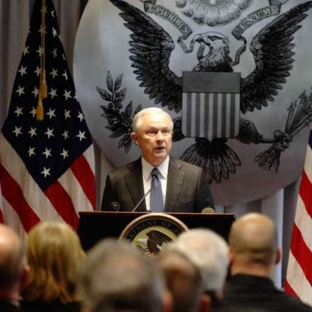 Jeff Sessions Re-Escalates the Drug War By Ordering Prosecutors to Seek Maximum Sentences