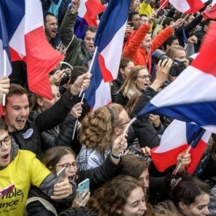 French election: Macron 'defeats Le Pen to become president'