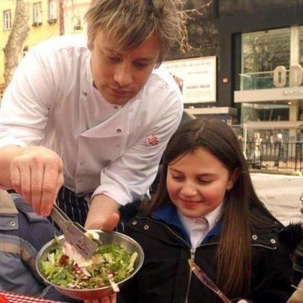 Jamie Oliver: Axing free school meals a disgrace