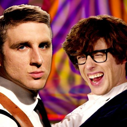 James Bond vs Austin Powers - Epic Rap Battles of History