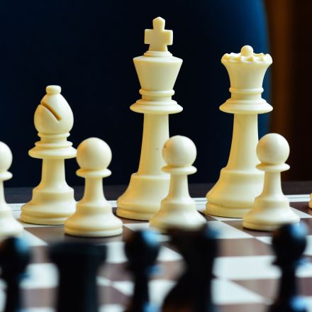 Chess forbidden in Islam, rules Saudi mufti, but issue not black and white