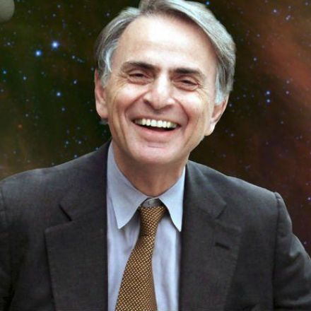 The Internet Is Freaking Out Over This Spooky Prediction by Carl Sagan About the Future