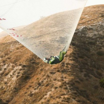 Luke Aikins: Skydiver jumps out of plane at 7,600m, lands in net with no parachute or wingsuit