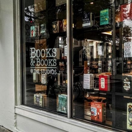 'People are hungry for real bookstores': Judy Blume on why US indie booksellers are thriving