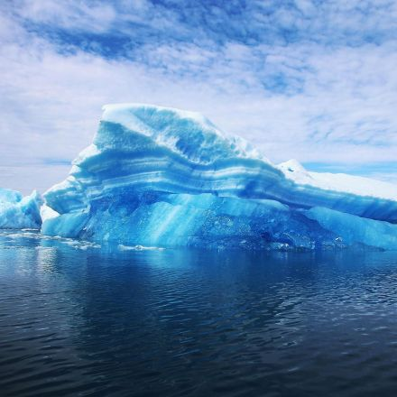 UAE to tow giant icebergs from Antarctica to use for drinking water
