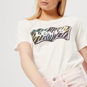 Levi's Women's Graphic Boyfriend T-Shirt - Zebra Cloud Dancer