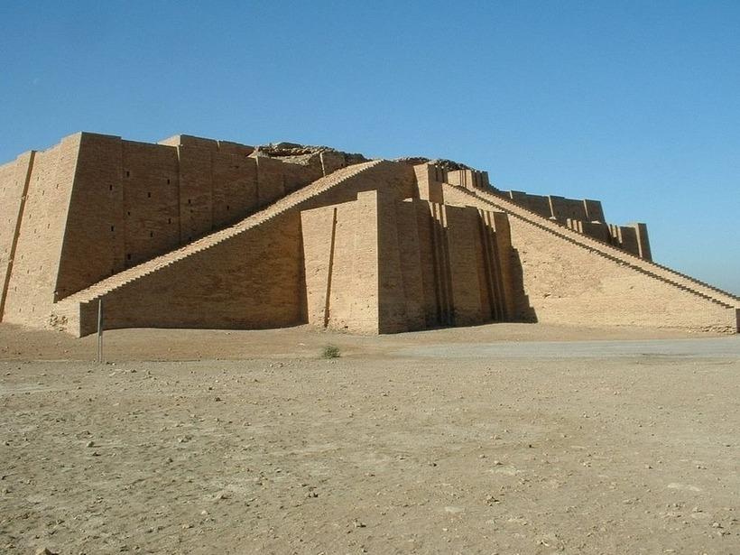 Чем была Вавилонская башня, и как выглядели древние пирамиды Ближнего Востока