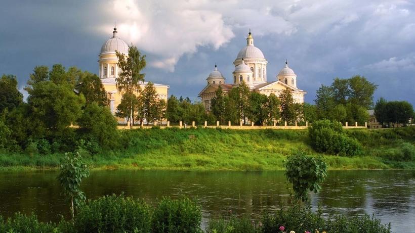 Путешествие из Петербурга в Москву: две столицы свяжут туристическим маршрутом