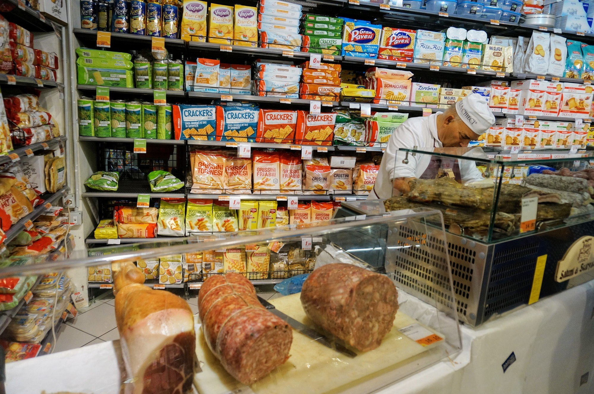 Top 15 Food Souvenirs to Buy at a Supermarket in Italy ...